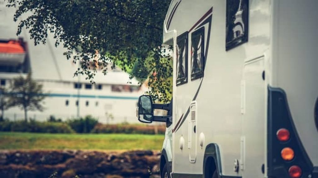 RV Side Camera Placement: How And When